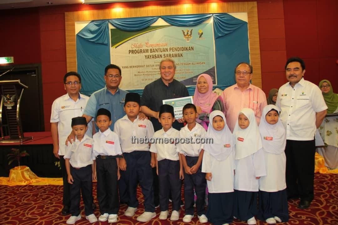 Put education above politics – Awang Tengah