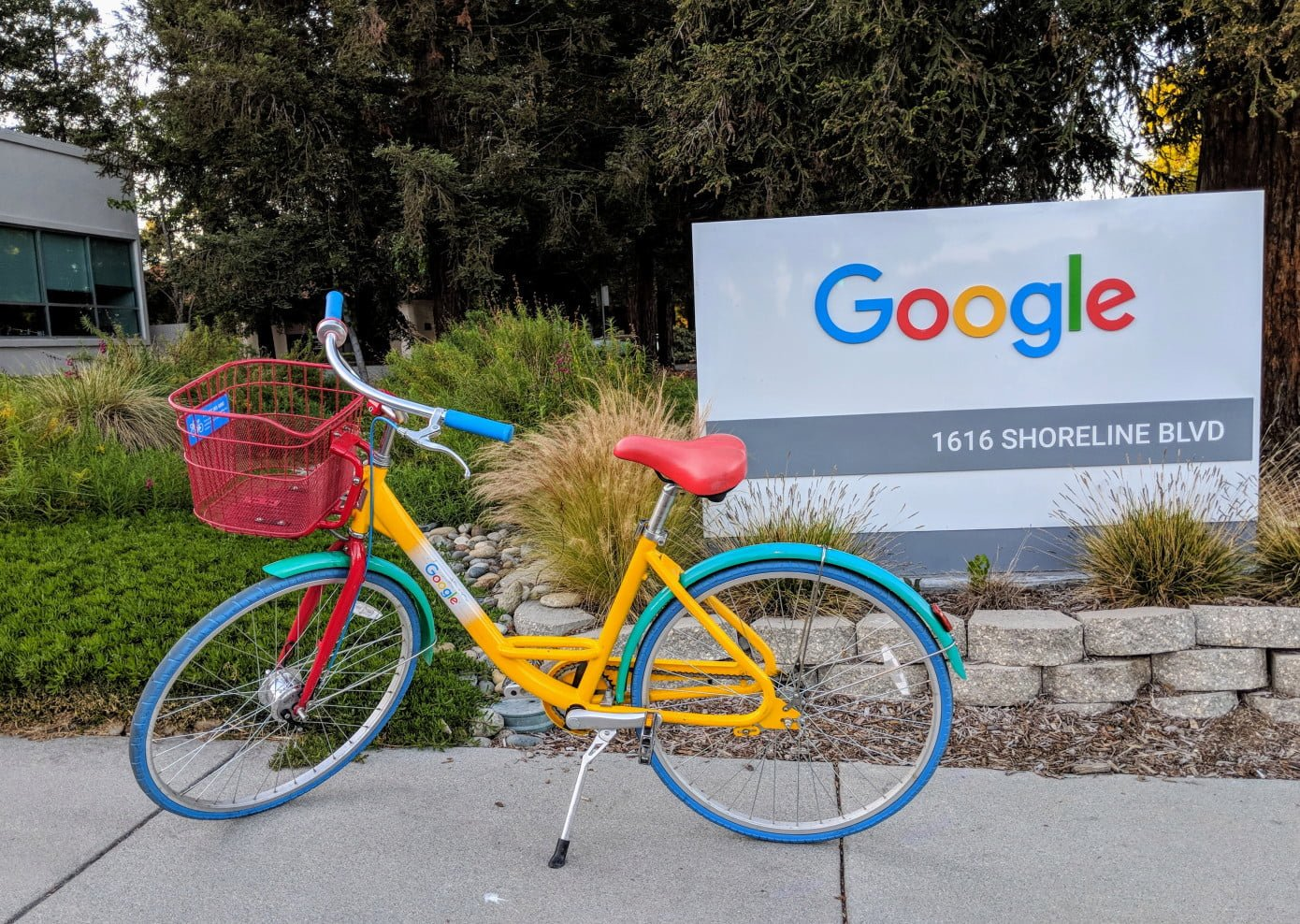 Google Launches New Travel-Planning Tools