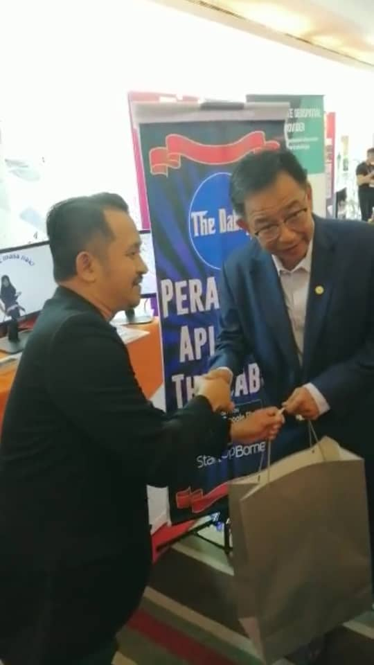 The Dabey would like to express gratitude to YB Abdul Karim Rahman Hamzah for launching The Dabey App on July 20, 2019
