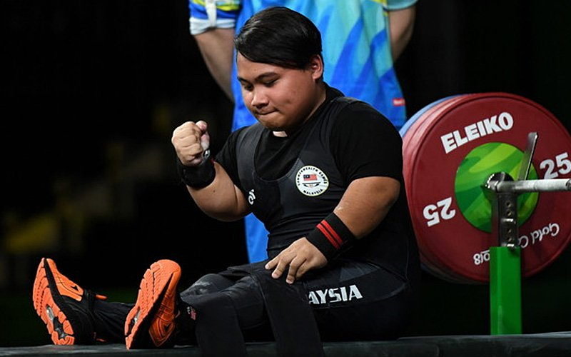 This Sarawak Powerlifter Just Broke A World Record Booked A Spot In The 2020 Paralympics