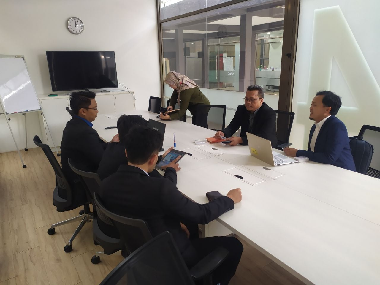 IAViC2019 Visit To MIGHT – Malaysian Industry Government Group for High Technology