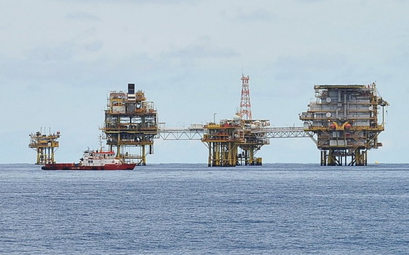 Political stability may be behind Shell's recent shift to Sarawak, says analyst