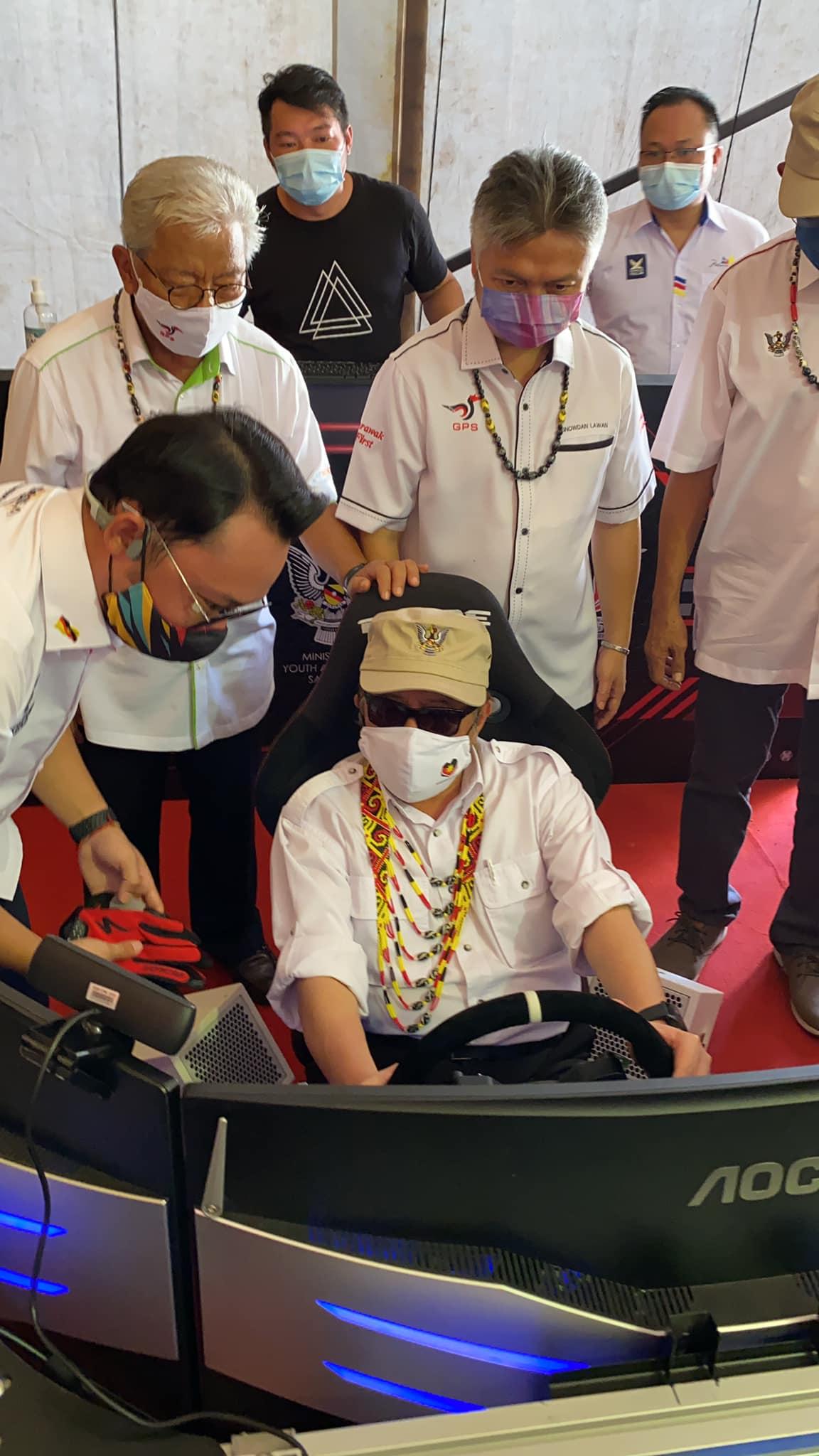Ketua Menteri Sarawak, Datuk Patinggi (Dr) Abang Haji Abdul Rahman Zohari Bin Tu…
