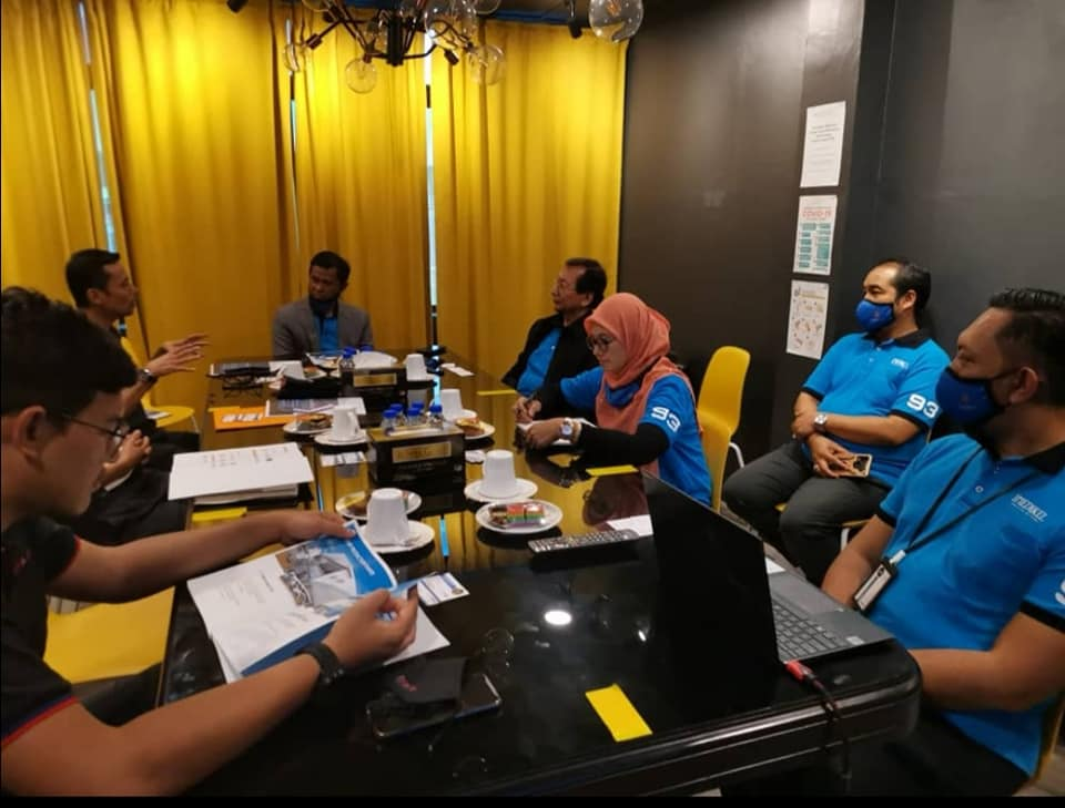 Lawatan kerja ke I-Medikel Pharmaceutical Sdn Bhd, di bawah bimbingan Dana Kemak…