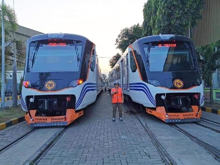 Trains made by Indonesian state firm to serve commuters in Philippines