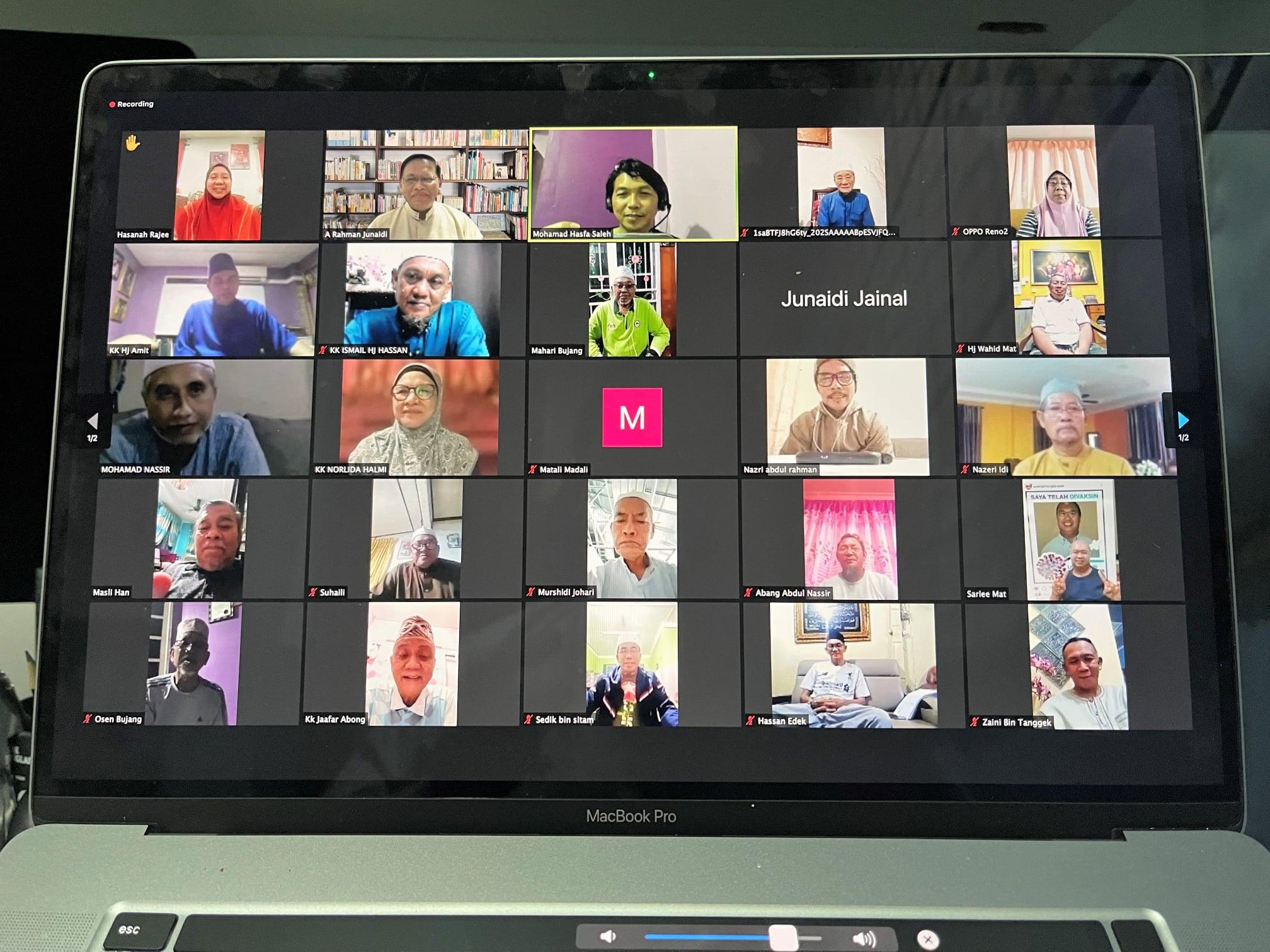Perjumpaan dan perbincangan secara maya melalui Zoom Meeting bersama Ketua Masya…