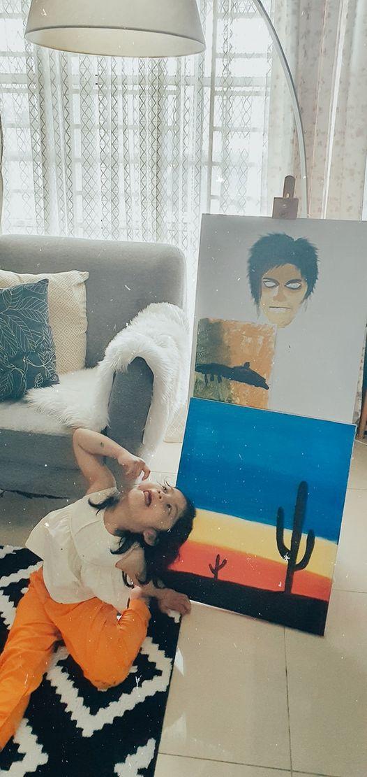 Si rambut lebat,  mama & papa punya paintings cakap si rambut lebat…Si ram…
